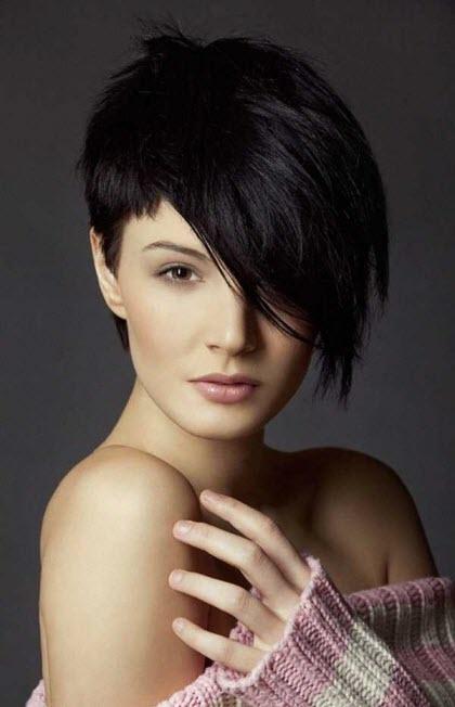 Асимметричные прически на короткие волосы