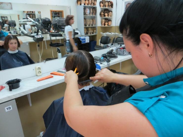 Как стилисты советуют ухаживать за волосами