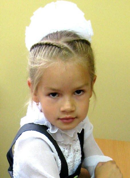 Фото причесок на 1 сентября для маленьких девочек