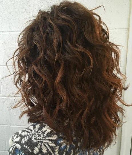 Стрижка каскад на кудрявые волосы
