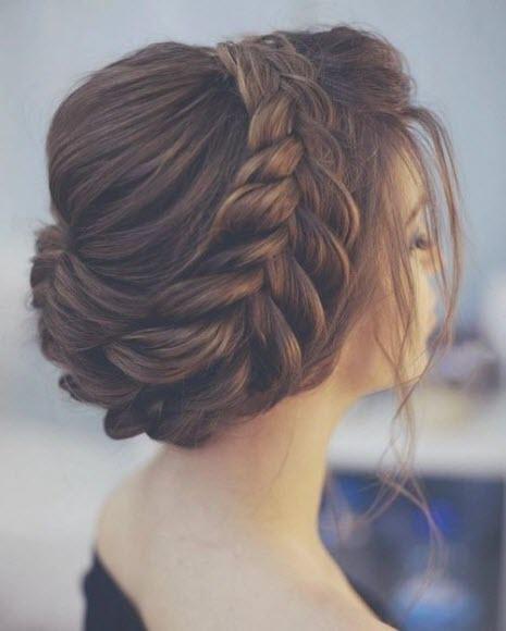 Свадебные прически: плетение на длинные волосы