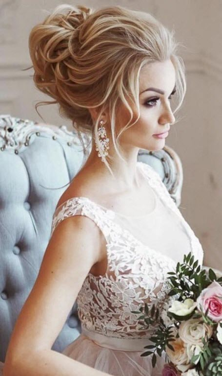 Стильная свадебная прическа высокий пучок