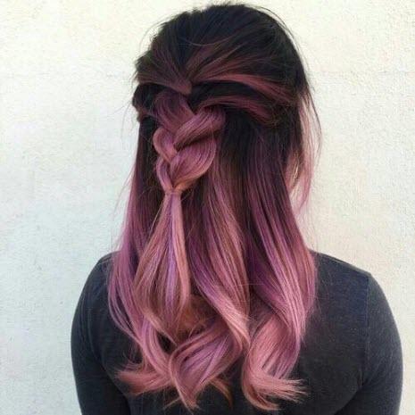 Фото розового, пепельно окрашивания в стиле балаяж