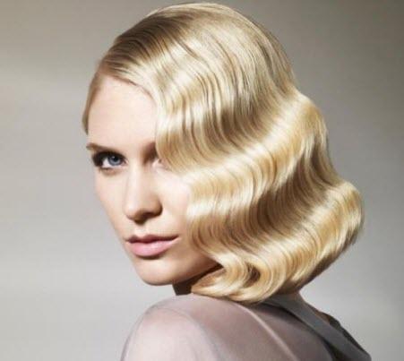 прически на короткие волосы с челкой в ретро-стиле