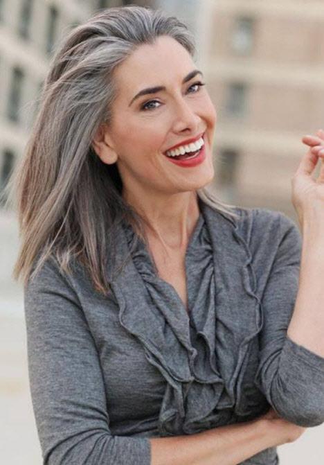 Стрижки на средние волосы для женщин после 50 лет
