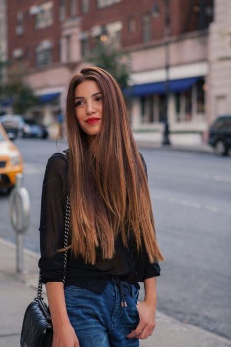 Стрижка с ровным срезом на длинные волосы