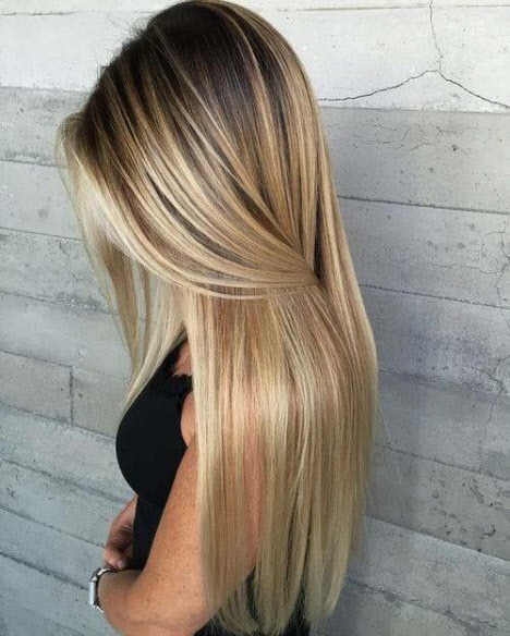 Стрижка на длинные волосы с ровным срезом