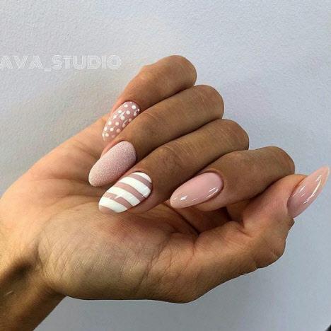 Белый маникюр на длинные ногти