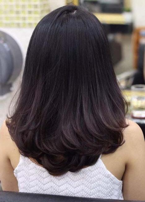 Стрижка для густых волос на средние волосы