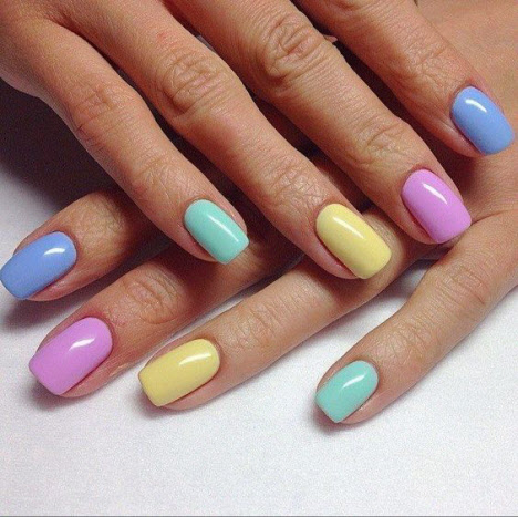Модные тенденции весеннего маникюра на короткие ногти
