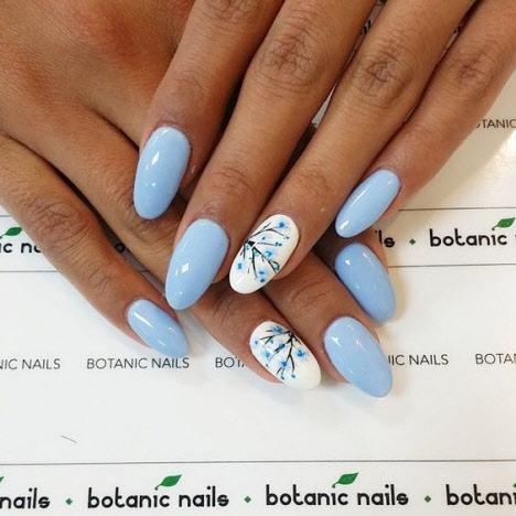 Красивый дизайн летнего маникюра ногтей