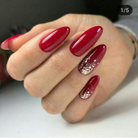 Миндалевидная форма длинных ногтей