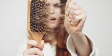 Как остановить выпадение волос: 5 главных советов
