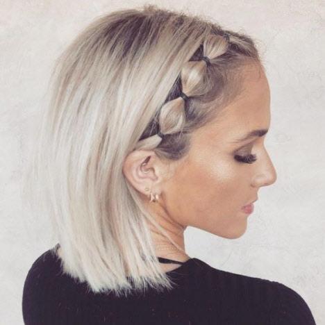 Прически на 1 сентября для коротких волос
