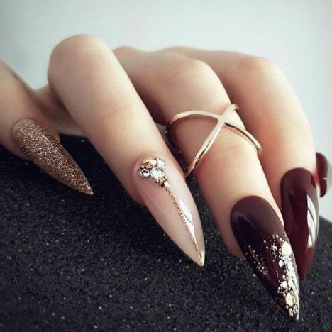 Маникюр марсала на длинные ногти
