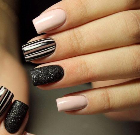 Темный маникюр на квадратную форму ногтей