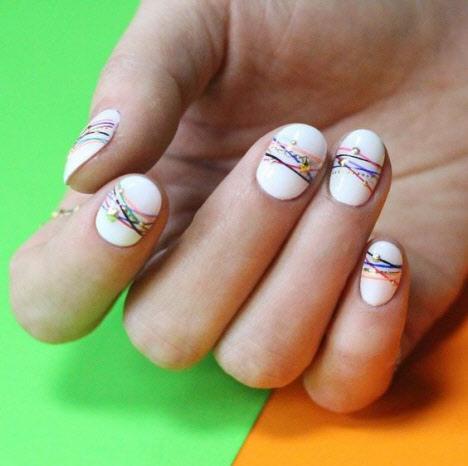 Красивый дизайн маникюра на очень короткие ногти 2020