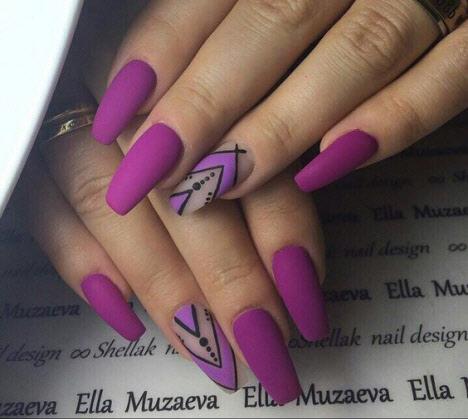 Стильный и модный маникюр на длинные ногти