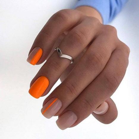 Маникюр на квадратную форму ногтей на лето 2020