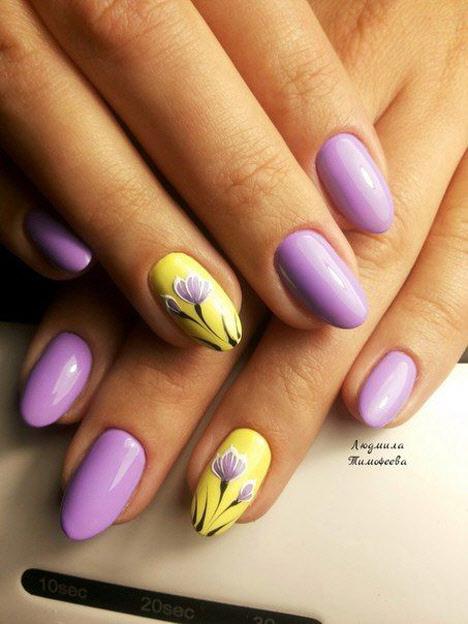 Цветочный маникюр на длинные ногти