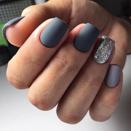 Серый маникюр на короткие и длинные ногти