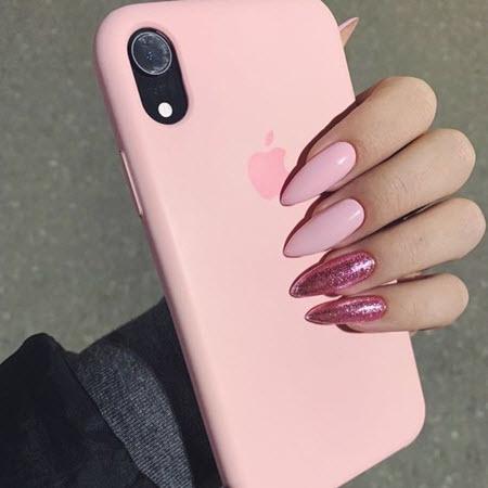Красивый розовый маникюр 2020-2021