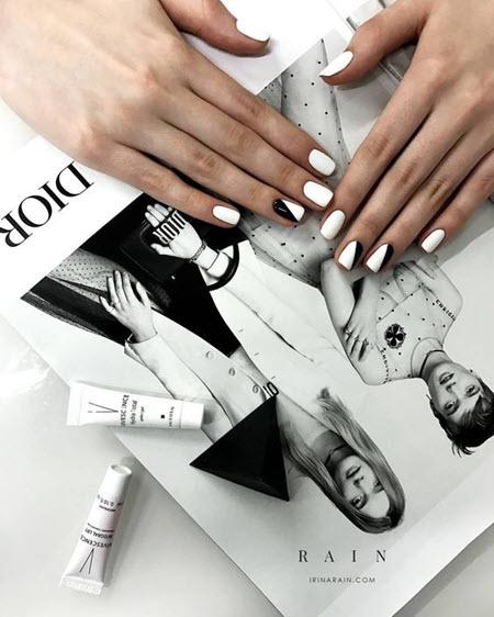 Белый маникюр на короткие ногти: фото 2020