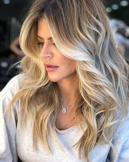 Многослойные стрижки на средние волосы: модные тенденции 2020-2021