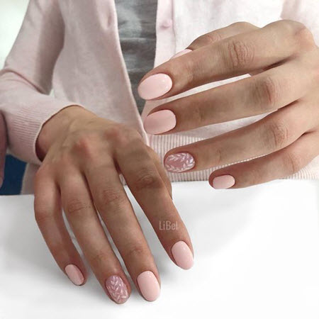 Модный дизайн ногтей на овальные ногти
