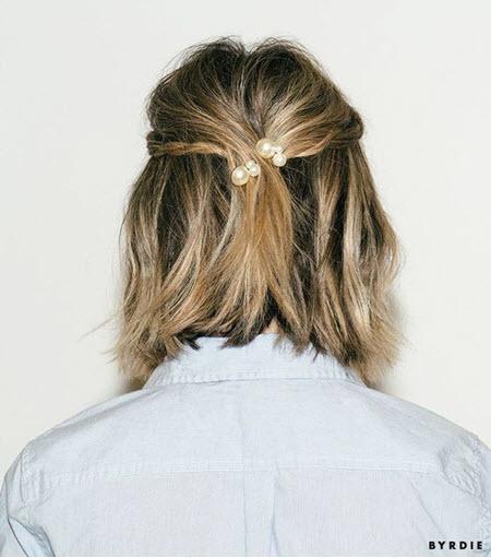 """Прическа """"Мальвинка"""" в школу для подростков на короткие волосы"""