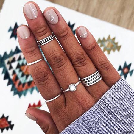 Дизайн маникюра геометрия на очень короткие ногти