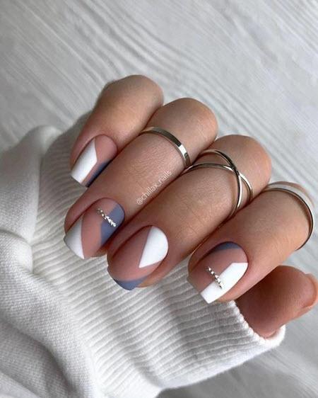 Дизайн ногтей с рисунком геометрия