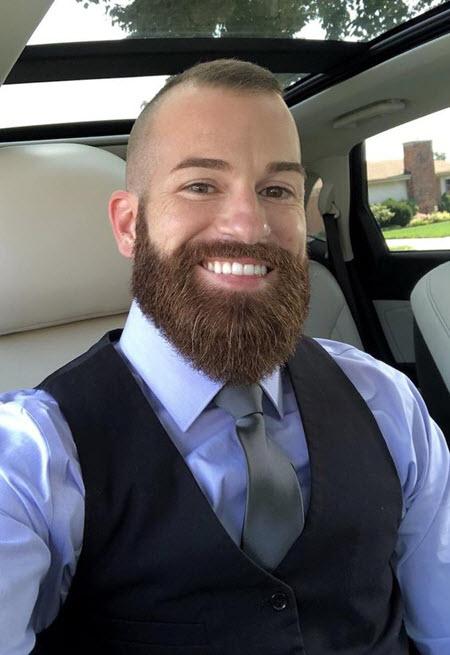 Сочетание коротких стрижек с бородой
