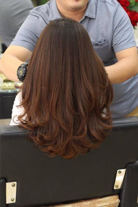 Многослойная стрижка на длинные волосы