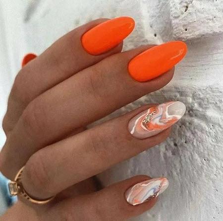 Яркий дизайн ногтей лето