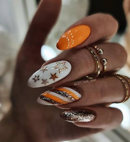 Летний дизайн ногтей с блестками