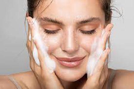 Уход за кожей лица в домашних условиях