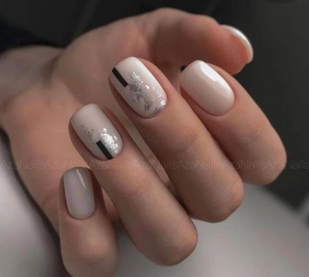 Осенний дизайн ногтей с фольгой