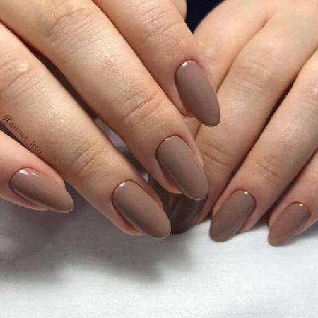 Фото однотонного маникюра на длинные ногти