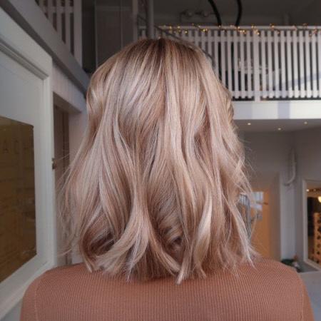 Красивый трендовый цвет волос
