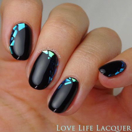Красивый дизайн ногтей с камифубуки